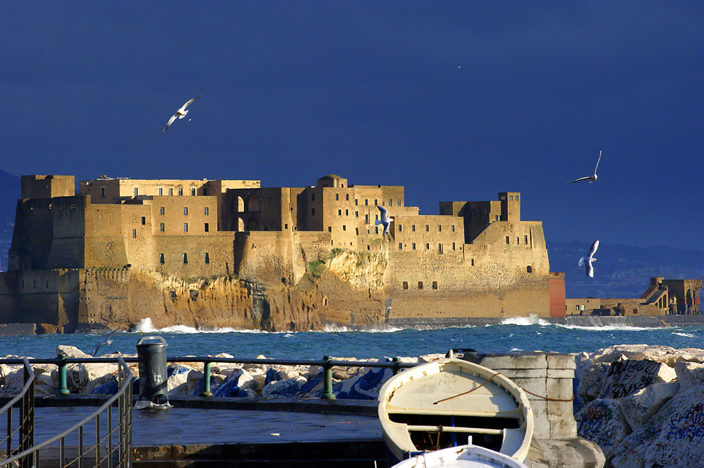 Castel dell'Ovo, Napoli. Immagine di Flickr User Maritè Toledo