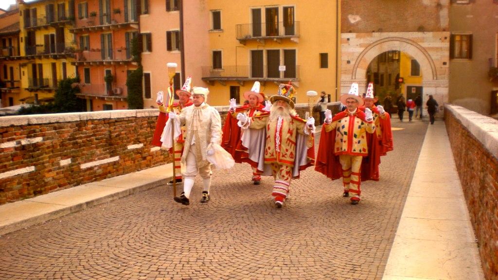 """Carnevale di Verona, """"Baccanale del Gnocco"""",Immagine di Flickr User Benito Roveran"""