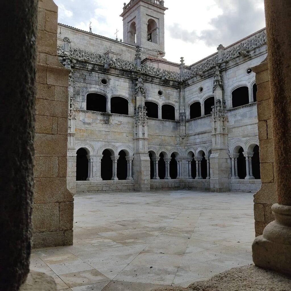 Interno Monastero di San Esteva