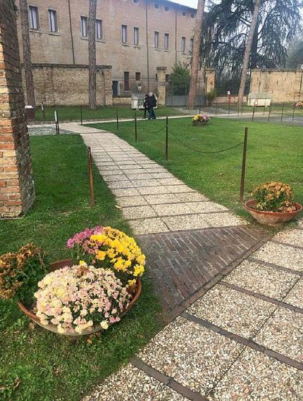 Basilica di San Vitale particolare del percorso accessibile, della rampa di entrata